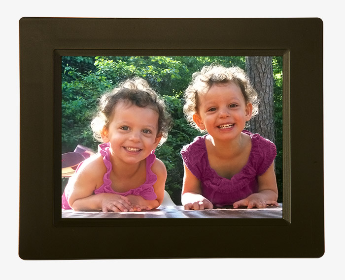 "Pigeon Frame | ""Tyke"" – A WiFi Cloud Digital Photo Frame"